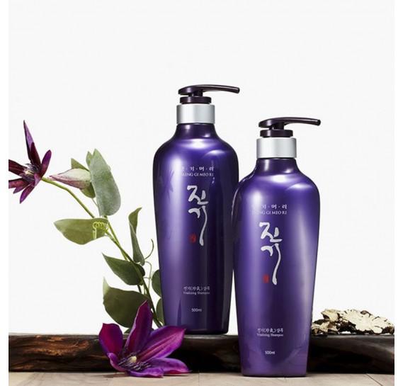 Восстанавливающий шампунь от выпадения волос Daeng Gi Meo Ri Vitalizing Shampoo 500 мл