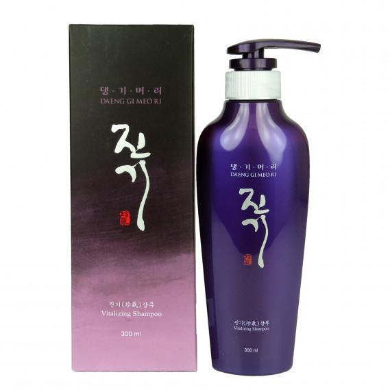 Восстанавливающий шампунь от выпадения волос Daeng Gi Meo Ri Vitalizing Shampoo 300 мл
