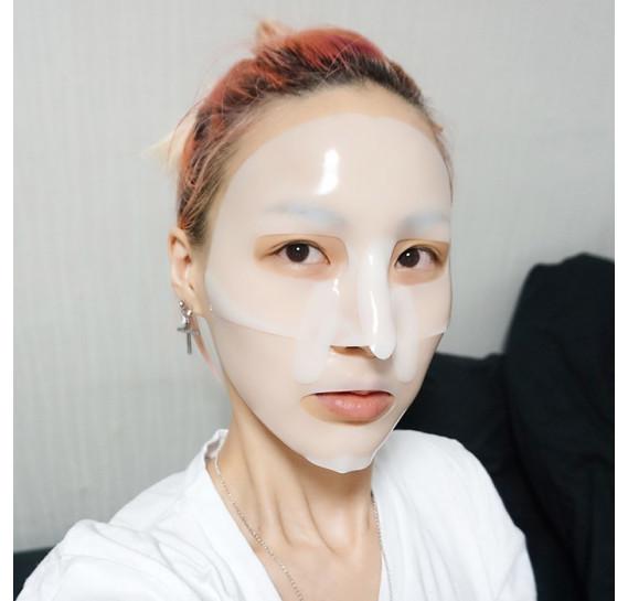 Питательная гидрогелевая маска для лица с маслом ши и жемчужной пудрой Koelf Pearl & Shea Butter Mask 30 мл